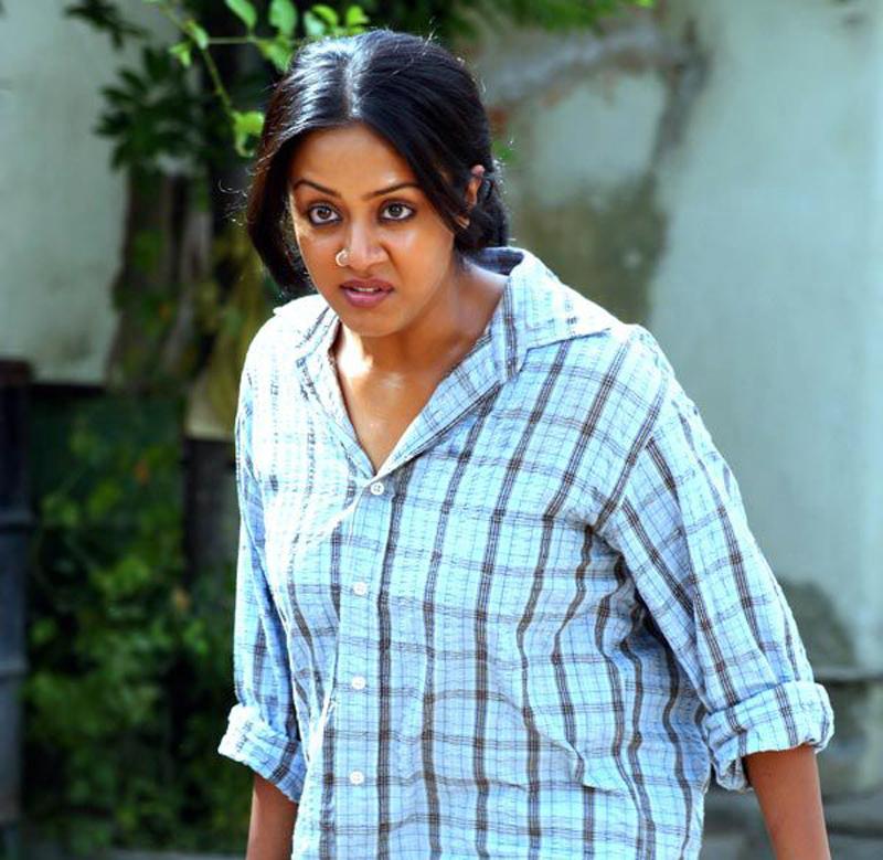 Jyothika JFW